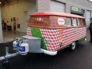 vehicle-wrap-1picnic bus