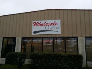 wholesale-outlet Building sign